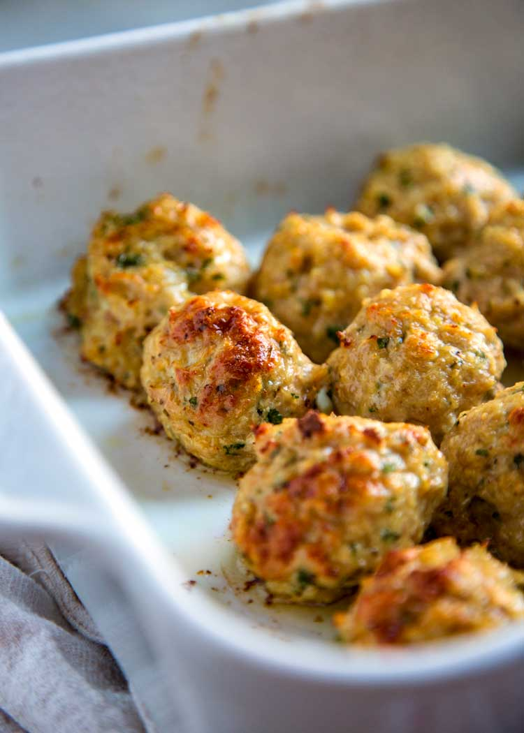 close up of roasted classic chicken meatballs