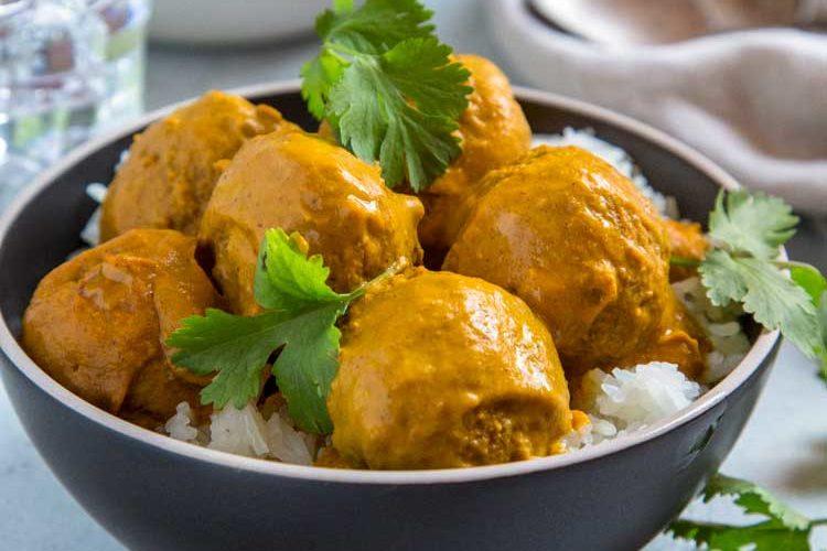 Pan Roasted Turkey Meatball Curry