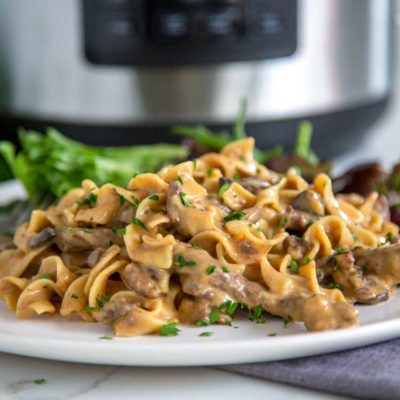 Crock-Pot Express Crock Multi-Cooker Beef Stroganoff