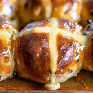 Holiday Hot Cross Buns