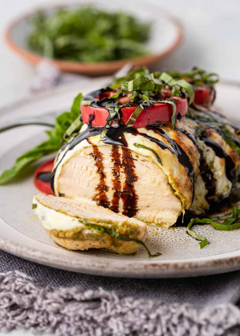 sliced baked chicken caprese